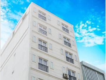 Cao ốc cho thuê văn phòng Paragon Golden Building, Trần Nhật Duật, Quận 1 - vlook.vn