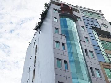 Cao ốc cho thuê văn phòng Titan Building, Nam Quốc Cang, Quận 1 - vlook.vn