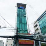 Mặt trước toàn cảnh oà cao ốc văn phòng cho thuê Phú Hưng Building, đường Ung Văn Khiêm, quận Bình Thạnh, TP.HCM - vlook.vn