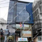 Mặt trước toàn cảnh oà cao ốc văn phòng cho thuê SAM Holdings, đường Ung Văn Khiêm, quận Bình Thạnh, TP.HCM - vlook.vn