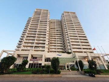 Mặt trước toàn cảnh oà cao ốc văn phòng cho thuê River Garden, đường Nguyễn Văn Hưởng, quận 2, TP.HCM - vlook.vn