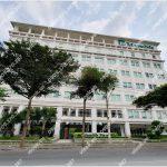Mặt trước toàn cảnh oà cao ốc văn phòng cho thuê Manulife Plaza, đường Hoàng Văn Thái, quận 7, TP.HCM - vlook.vn