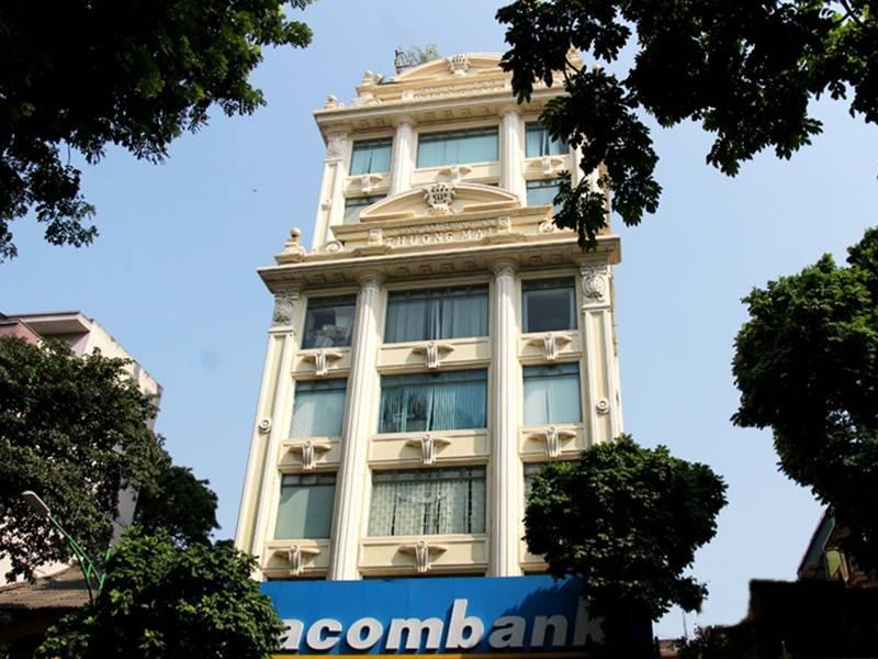 Hang Bai Building (27 Hang Bai)